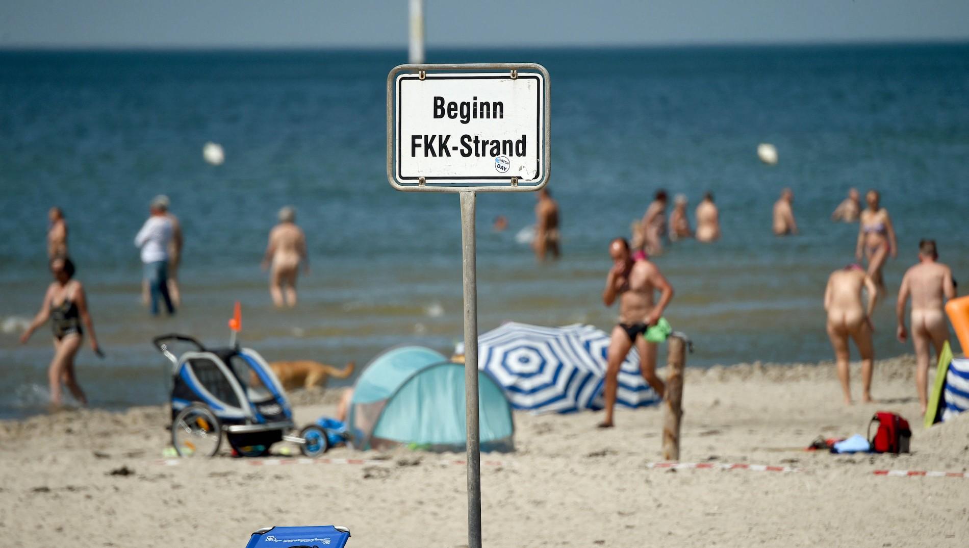 offentlichen fkk strand
