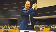 Im Selbstversuch: Martin Sonneborn ist Satiriker, Journalist und Politiker.