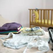 Leeres Bettchen: Ihr Baby durfte die Rumänin Anna S. nach der Entbindung nicht mit nach Hause nehmen.