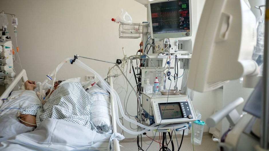 Auf der Intensivstation: Gut, wenn alle Geräte funktionieren.