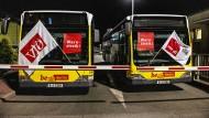 Die Berliner Verkehrsbetriebe werden bestreikt.