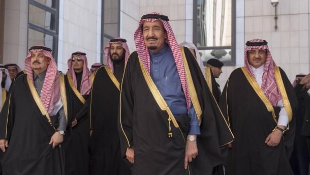 Billiges Öl zwingt Saudi-Arabien zum Sparen