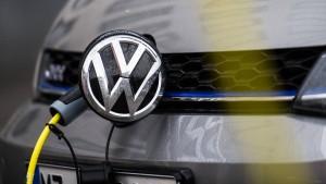Volkswagen will mit mobilen Ladesäulen E-Autos laden