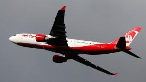 Keine Strafe für Air-Berlin-Pilot wegen Ehrenrunde