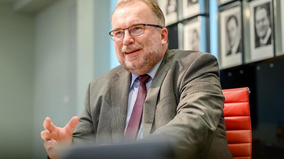 Russwurm schaffte es vom Arbeiterkind bis zum Siemens-Vorstand. Heute ist er Präsident des Bundesverbands für deutsche Industrie.