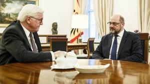 Steinmeier lädt Merkel, Seehofer und Schulz zum Gipfel