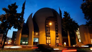 Erdogan eröffnet Zentralmoschee in Köln