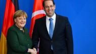 Merkel will schnellere Rückführung nach Tunesien
