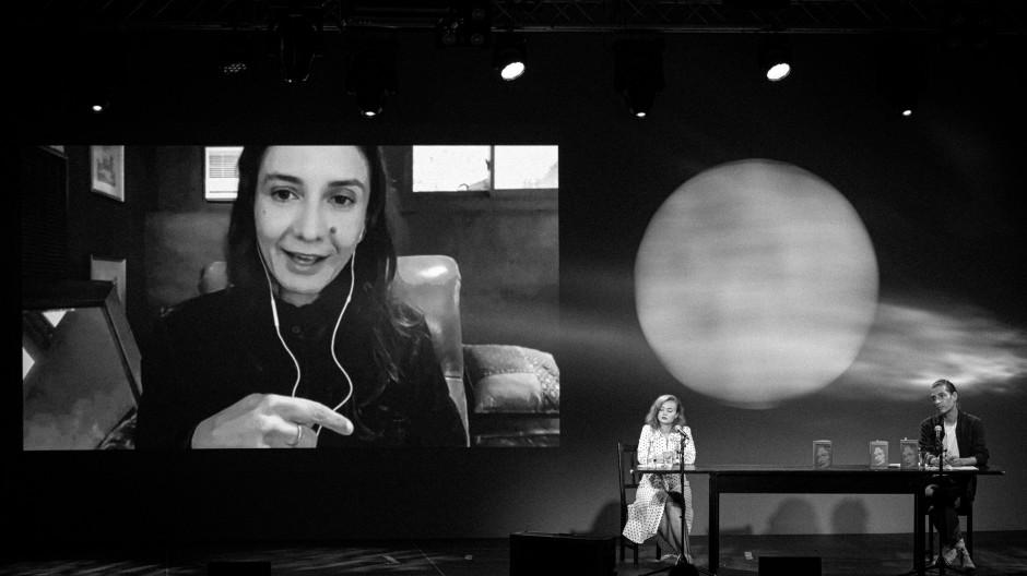 Die Autorin Ottessa Moshfegh, zugeschaltet auf dem Internationalen Literaturfestival Berlin