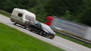 Fahrer bemerkt fehlenden Wohnwagen erst nach 100 Kilometern