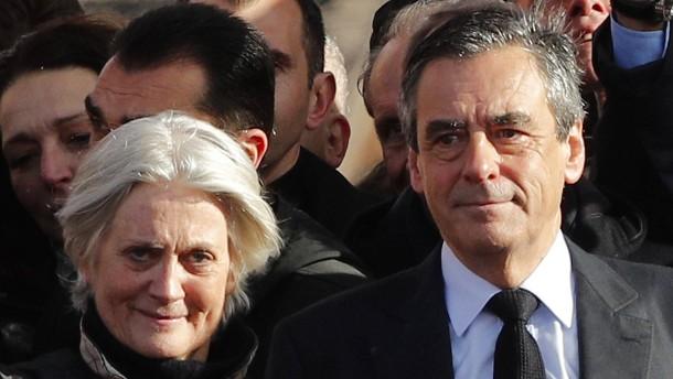 Fillon-Affäre: Justiz leitet Verfahren gegen Ehefrau Penelope ein