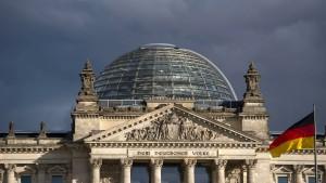 Kräftemessen im Bundestag