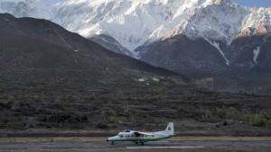 23 Tote bei Flugzeugabsturz in Nepal