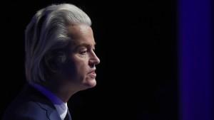 Wilders würde alle Moscheen schließen