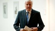 Seehofer fordert mehr Unterstützung aus Berlin