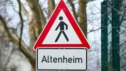 Hessen hebt Besuchsbeschränkungen für Altenheime auf