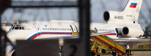 Die russische Maschine, mit der der russische Verteidigungsminister Schoigu Polen überqueren wollte, nach ihrer Rückkehr nach Bratislava.