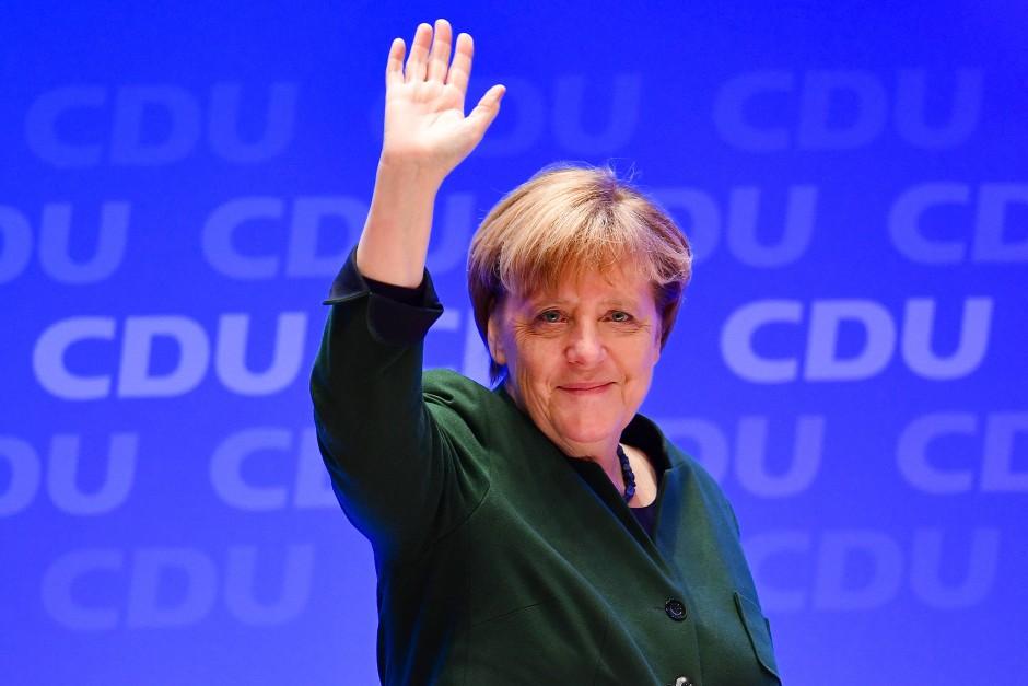 Wirbt um die Unterstützung der Basis: Angela Merkel in Heidelberg