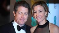 Frisch verheiratet: Anna Eberstein und Hugh Grant.