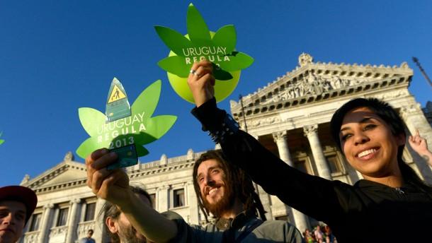 Uruguay erlaubt kontrollierten Marihuana-Handel
