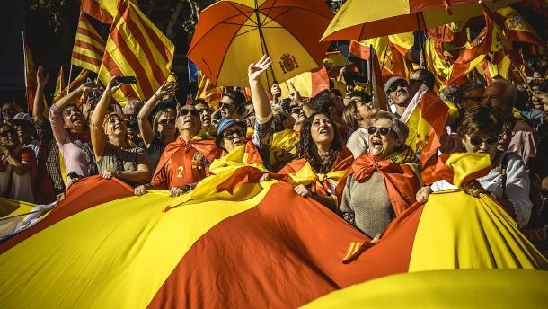 Wie Spaniens Regierung in Katalonien durchgreift