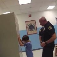 Achtjähriger Junge wird festgenommen