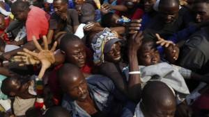 Chaos und Rangeleien bei Trauerfeier von Mugabe