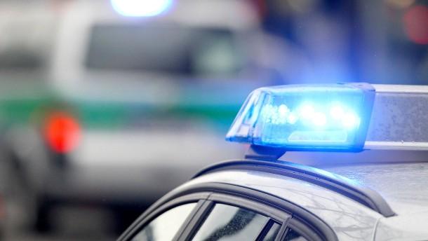 Maskierter Mann löst Polizeieinsatz aus