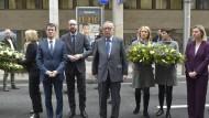 Seit' an Seit': Manuel Valls, Charles Michel, Jean-Claude Juncker und Federica Mogherini an der Metro-Station Maelbeek