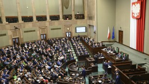 Polnische Regierung ändert umstrittenes Holocaust-Gesetz
