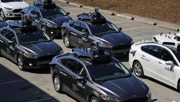 Uber erhält eine Milliarde Dollar für Roboterautos