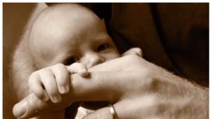 Prinz Harry feiert Vatertag mit neuem Foto von Archie