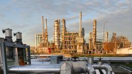 Ostdeutsche Raffinerien kämpfen wieder mit verschmutzem Rohöl