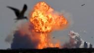 Explosion bei der Landung: Eine SpaceX-Mondrakete in Texas.