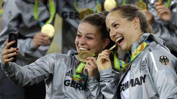 Der blick auf den medaillenspiegel bei olympia verzerrt for Spiegel olympia