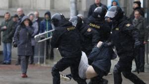 Hunderte Oppositionelle in Weißrussland festgenommen