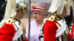 Truppeninspektion: Nein, das britische Beachvolleyballkontingent rekrutiert sich nicht aus der könig