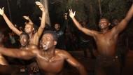 Migranten überrennen Posten zu spanischer Exklave