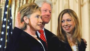 Die Macht der Familien Clinton und Bush
