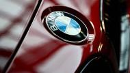 BMW hat seine Prognose für das laufende Jahr gesenkt.