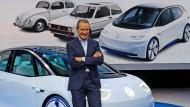 Diess geht bei der Elektromobilität in die Vollen.