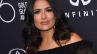 Salma Hayek (hier Mitte November bei der Verleihung der Golden Globes in Los Angeles) erhebt schwere Vorwürfe gegen den ehemaligen Hollywood-Produzenten Harvey Weinstein.