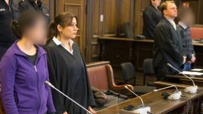 Der Mutter der zu Tode misshandelten Yagmur (links) wurde von einem Hamburger Gericht zu einer lebenslangen Haftstrafe verurteilt. Nach 15 Jahren Mindesthaftzeit könnte sie entlassen werden.