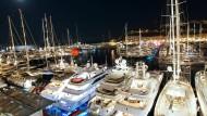 Jachten, wohin das Auge reicht – in Monaco versammeln sich die Reichen.