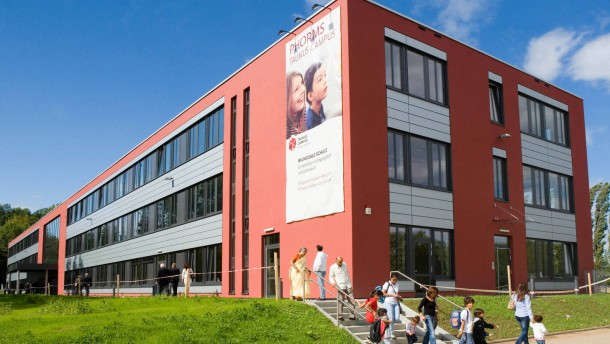 Mehr Geld für Privatschulen in Hessen