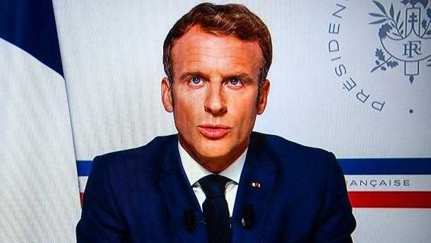 Macron verteidigt den eigenen Militäreinsatz