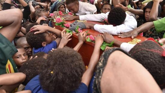 Tödliches Wettrüsten in Papua Neuguinea