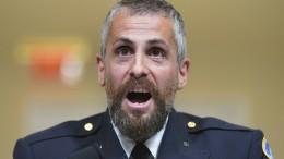 Polizist zeigt sich bei Zeugen-Aussage schwer geschockt
