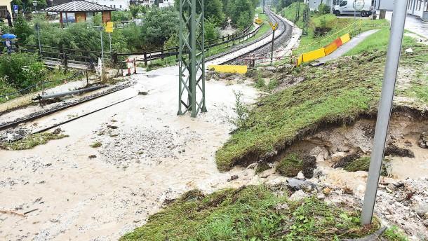 Überflutungen und Evakuierungen in Oberbayern