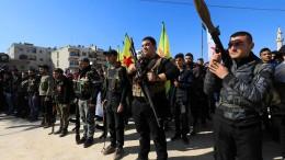 Kurden wollen mit Assads Hilfe gegen Türken kämpfen